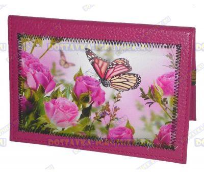 Обложка на паспорт с рисунком 'Розы, бабочка' розовая, нат.кожа.