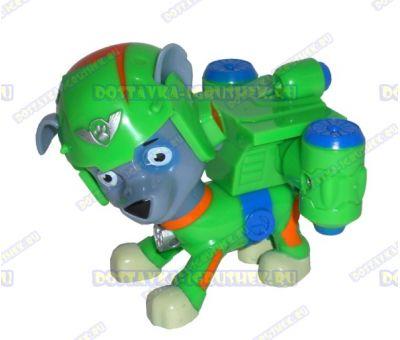 Набор 'Летающий патруль' щенок Рокки. Фигурка и значок (пластик).